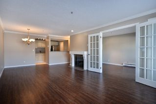 Photo 5: 211 3788 West 8th Ave in La Mirada at Jerichol: Point Grey Home for sale ()  : MLS®# V877477