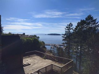 "Main Photo: 5595 GALLAGHER Place in West Vancouver: Eagle Harbour House for sale in ""Gallagher Lands"" : MLS®# R2379828"