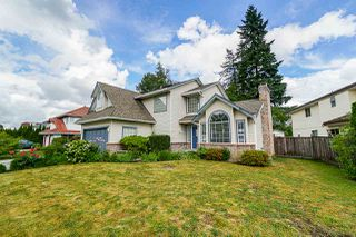 Main Photo: 9254 153 Street in Surrey: Fleetwood Tynehead House for sale : MLS®# R2381135