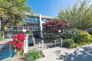 Photo 2: 215 550 ROYAL Avenue in New Westminster: Downtown NW Condo for sale : MLS®# R2385460