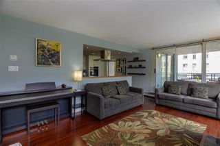 Photo 5: 502 183 KEEFER Place in Vancouver: Downtown VW Condo for sale (Vancouver West)  : MLS®# R2385717