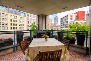 Photo 9: 502 183 KEEFER Place in Vancouver: Downtown VW Condo for sale (Vancouver West)  : MLS®# R2385717