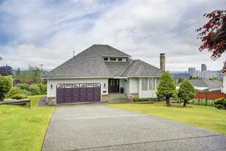 Photo 1: 1355 PIERCE Place in Coquitlam: Scott Creek House for sale : MLS®# R2386958