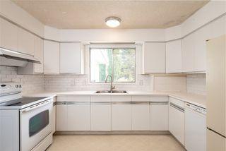 Photo 11: 8607 177 Street in Edmonton: Zone 20 House for sale : MLS®# E4174997