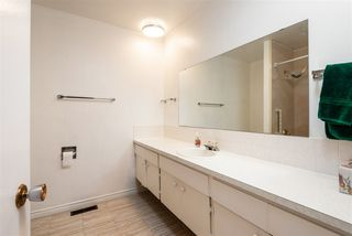 Photo 19: 8607 177 Street in Edmonton: Zone 20 House for sale : MLS®# E4174997