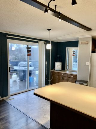 """Photo 8: 3640 EAGLEVIEW Road in Prince George: Shelley Manufactured Home for sale in """"Shelley"""" (PG Rural East (Zone 80))  : MLS®# R2417592"""