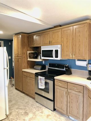 """Photo 10: 3640 EAGLEVIEW Road in Prince George: Shelley Manufactured Home for sale in """"Shelley"""" (PG Rural East (Zone 80))  : MLS®# R2417592"""