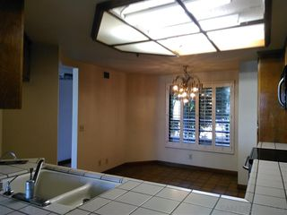 Photo 8: Condo for sale : 2 bedrooms : 230 W Laurel in San Diego