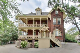 Photo 1: 32 Gothic Ave Unit #Ph 7 in Toronto: Runnymede-Bloor West Village Condo for sale (Toronto W02)  : MLS®# W4692814