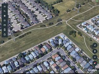 Photo 1: 3858 24 Street in Edmonton: Zone 30 House for sale : MLS®# E4194795