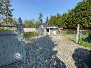 Main Photo: 25531 DEWDNEY TRUNK Road in Maple Ridge: Websters Corners House for sale : MLS®# R2493986