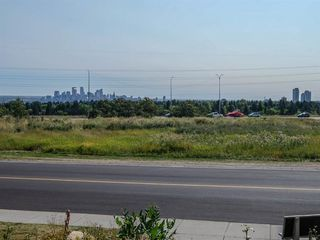 Photo 3: 2 216 Village Terrace SW in Calgary: Patterson Apartment for sale : MLS®# A1030945