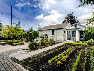 Photo 12: 321 SIXTH AVENUE in New Westminster: GlenBrooke North House for sale : MLS®# R2462118