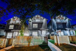 Photo 1: 4578 DUMFRIES Street in Vancouver: Knight House 1/2 Duplex for sale (Vancouver East)  : MLS®# R2497965