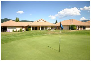 Photo 5: 9 2550 Golf Course Drive: Blind Bay House for sale (Shuswap Lake)