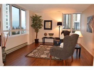 Photo 4: 802 5652 PATTERSON Avenue in Burnaby: Central Park BS Condo for sale (Burnaby South)  : MLS®# V1036823