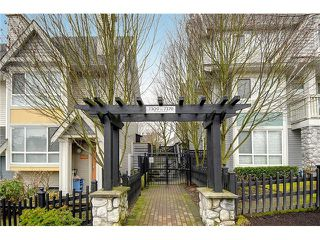 "Photo 19: 7327 MAGNOLIA Terrace in Burnaby: Highgate Townhouse for sale in ""MONTEREY"" (Burnaby South)  : MLS®# V1047030"