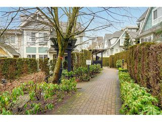 "Photo 20: 7327 MAGNOLIA Terrace in Burnaby: Highgate Townhouse for sale in ""MONTEREY"" (Burnaby South)  : MLS®# V1047030"