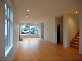 Photo 3: 5158 CHESTER Street in Vancouver: Fraser VE House for sale (Vancouver East)  : MLS®# V1047778