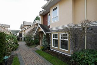 "Photo 1: 19 15432 16A Avenue in Surrey: King George Corridor Townhouse for sale in ""CARLTON COURT"" (South Surrey White Rock)  : MLS®# F1407116"
