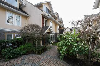 "Photo 2: 19 15432 16A Avenue in Surrey: King George Corridor Townhouse for sale in ""CARLTON COURT"" (South Surrey White Rock)  : MLS®# F1407116"