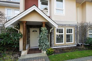 "Photo 3: 19 15432 16A Avenue in Surrey: King George Corridor Townhouse for sale in ""CARLTON COURT"" (South Surrey White Rock)  : MLS®# F1407116"