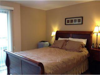 Photo 3: 2012 FRASER Avenue in Port Coquitlam: Glenwood PQ Townhouse for sale : MLS®# V1057277