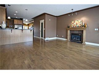 Photo 6: 2112 5 Avenue NW in CALGARY: West Hillhurst Residential Detached Single Family for sale (Calgary)  : MLS®# C3611341