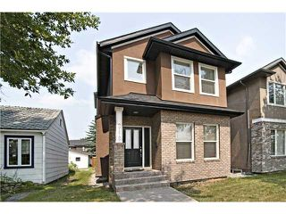 Photo 1: 2112 5 Avenue NW in CALGARY: West Hillhurst Residential Detached Single Family for sale (Calgary)  : MLS®# C3611341