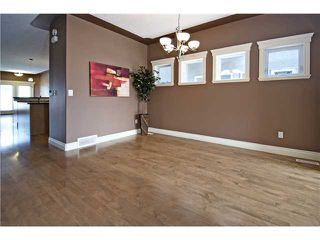 Photo 9: 2112 5 Avenue NW in CALGARY: West Hillhurst Residential Detached Single Family for sale (Calgary)  : MLS®# C3611341