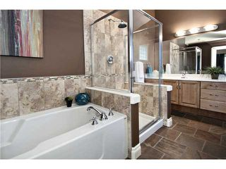 Photo 11: 2112 5 Avenue NW in CALGARY: West Hillhurst Residential Detached Single Family for sale (Calgary)  : MLS®# C3611341