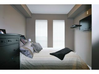 "Photo 12: 201 2343 ATKINS Avenue in Port Coquitlam: Central Pt Coquitlam Condo for sale in ""PEARL"" : MLS®# V1070597"