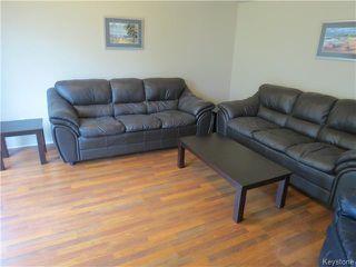 Photo 3: 68 ROCAN Rue in LASALLE: Brunkild / La Salle / Oak Bluff / Sanford / Starbuck / Fannystelle Residential for sale (Winnipeg area)  : MLS®# 1424992