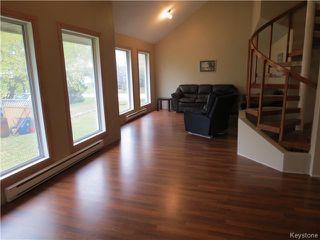 Photo 5: 68 ROCAN Rue in LASALLE: Brunkild / La Salle / Oak Bluff / Sanford / Starbuck / Fannystelle Residential for sale (Winnipeg area)  : MLS®# 1424992