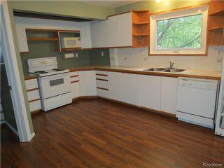 Photo 4: 68 ROCAN Rue in LASALLE: Brunkild / La Salle / Oak Bluff / Sanford / Starbuck / Fannystelle Residential for sale (Winnipeg area)  : MLS®# 1424992