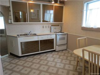 Photo 3: 1460 Bannatyne Avenue in WINNIPEG: Brooklands / Weston Residential for sale (West Winnipeg)  : MLS®# 1425292