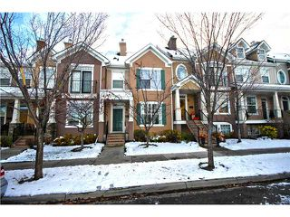 Photo 2: 11 PRESTWICK Common SE in Calgary: McKenzie Towne Townhouse for sale : MLS®# C3642406