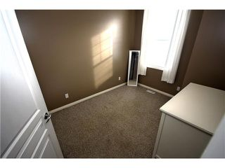 Photo 14: 11 PRESTWICK Common SE in Calgary: McKenzie Towne Townhouse for sale : MLS®# C3642406