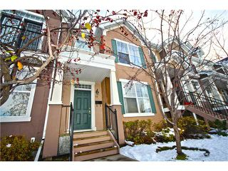 Photo 1: 11 PRESTWICK Common SE in Calgary: McKenzie Towne Townhouse for sale : MLS®# C3642406