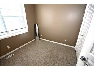 Photo 13: 11 PRESTWICK Common SE in Calgary: McKenzie Towne Townhouse for sale : MLS®# C3642406