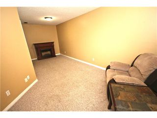 Photo 10: 11 PRESTWICK Common SE in Calgary: McKenzie Towne Townhouse for sale : MLS®# C3642406