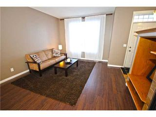 Photo 3: 11 PRESTWICK Common SE in Calgary: McKenzie Towne Townhouse for sale : MLS®# C3642406