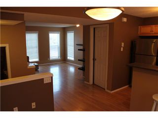 Photo 11: 137 PRESTWICK Court SE in Calgary: McKenzie Towne Residential Attached for sale : MLS®# C3646884