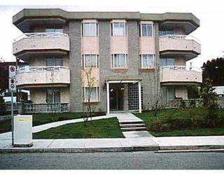 "Main Photo: 203 6788 MCKAY AV in Burnaby: Metrotown Condo for sale in ""Mckay Manor"" (Burnaby South)  : MLS®# V518943"