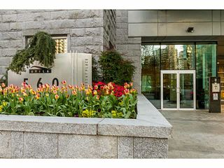 """Photo 3: 609 560 CARDERO Street in Vancouver: Coal Harbour Condo for sale in """"THE ALVIA"""" (Vancouver West)  : MLS®# V1116288"""