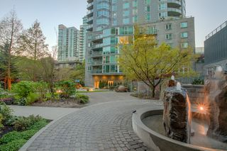"Photo 7: 609 560 CARDERO Street in Vancouver: Coal Harbour Condo for sale in ""THE ALVIA"" (Vancouver West)  : MLS®# V1116288"