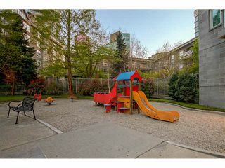 """Photo 15: 609 560 CARDERO Street in Vancouver: Coal Harbour Condo for sale in """"THE ALVIA"""" (Vancouver West)  : MLS®# V1116288"""