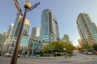 "Photo 4: 609 560 CARDERO Street in Vancouver: Coal Harbour Condo for sale in ""THE ALVIA"" (Vancouver West)  : MLS®# V1116288"