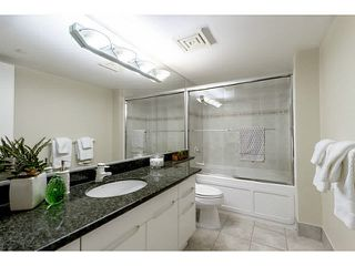 """Photo 10: 609 560 CARDERO Street in Vancouver: Coal Harbour Condo for sale in """"THE ALVIA"""" (Vancouver West)  : MLS®# V1116288"""