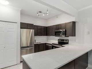 "Photo 7: 1190 RICHARDS Street in Vancouver: Yaletown Townhouse for sale in ""Park Plaza"" (Vancouver West)  : MLS®# V1122605"